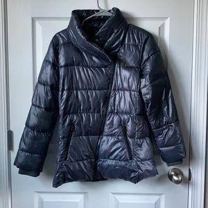 Black puffer coat (winter)